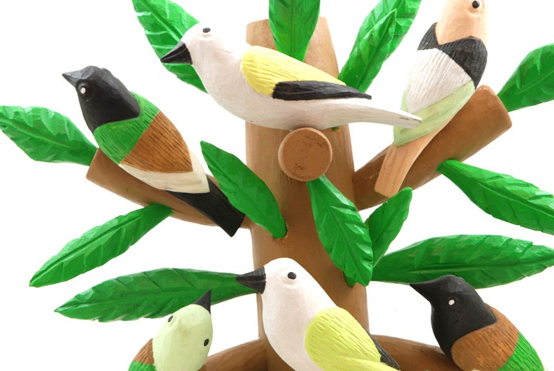 Gałązka z ptakami