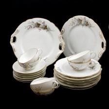 Komplet z porcelany